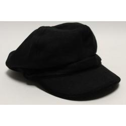 płaskie czapki